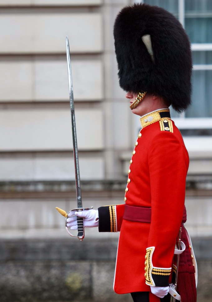 Watch-Changing-Guards-London